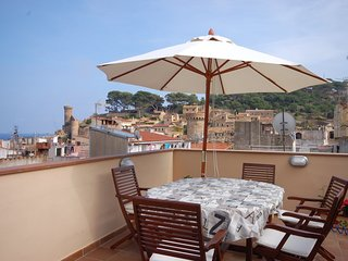 LUXURY DUPLEX APARTMENT TERRACE - Tossa de Mar vacation rentals