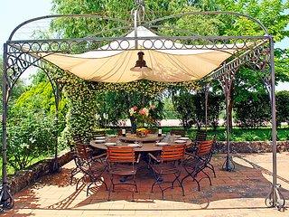 6 bedroom Villa in Vinci, Florence Countryside, Italy : ref 2008453 - Vitolini vacation rentals
