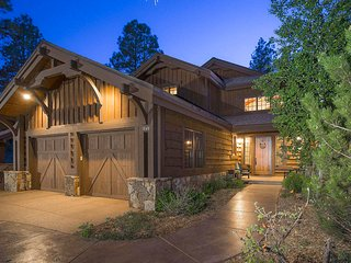 Luxury Pine Canyon Retreat in Flagstaff! - Flagstaff vacation rentals