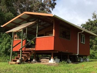 peaceful private cabin on organic farm - Captain Cook vacation rentals