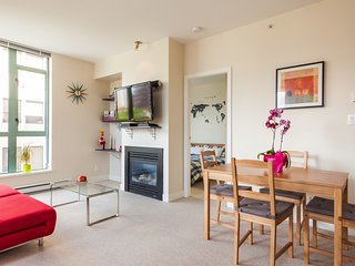 1 bedroom Condo with Internet Access in Vancouver - Vancouver vacation rentals