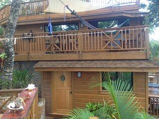 TURTLE BEACH BRAND NEW 2 Bedroom Beachfront Seascape Villa - Amazing, Full Kitch - West Bay vacation rentals