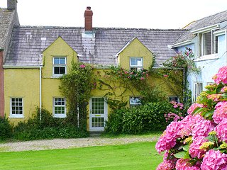 Sunny 2 bedroom House in St Brides - St Brides vacation rentals