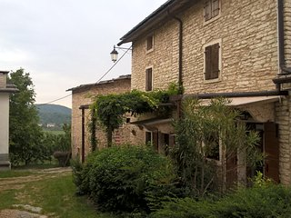 Nice House with Satellite Or Cable TV and Parking - Sant'Anna di Alfaedo vacation rentals