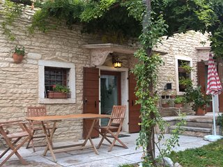 Nice House with Internet Access and Satellite Or Cable TV - Sant'Anna di Alfaedo vacation rentals