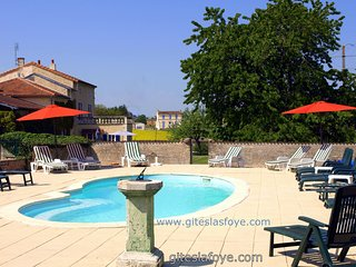 L'Ecurie at Le Manoir de La Foye has 3 Bedrooms - Aulnay vacation rentals