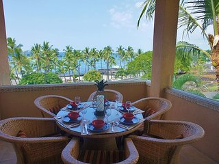 Third Floor Penthouse, AC, Excellent Views of Ocean and Mt. Hualalai - Kailua-Kona vacation rentals