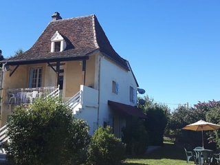 Charming Périgourdine-style detached cottage - Saint-Rabier vacation rentals