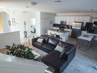 4 Bedroom Pool Home In Gated Bella Vida. 850LFD - Orlando vacation rentals