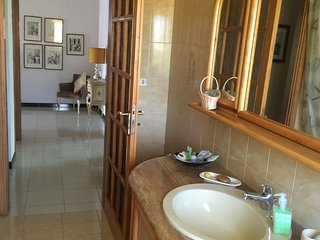 Bright 3 bedroom Castrovillari House with Internet Access - Castrovillari vacation rentals