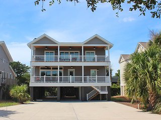 Bright 5 bedroom House in Pawleys Island - Pawleys Island vacation rentals