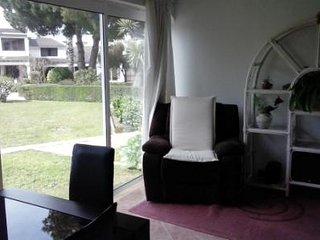Villa House Marisol - 6-8 people - priv, condom. - Amora vacation rentals