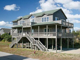 Sunny 5 bedroom Frisco House with Elevator Access - Frisco vacation rentals