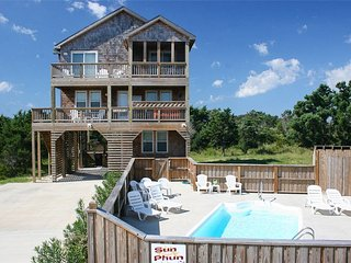 4 bedroom House with Private Outdoor Pool in Hatteras - Hatteras vacation rentals