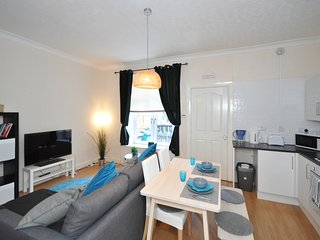 Nice 1 bedroom Condo in Bellshill - Bellshill vacation rentals