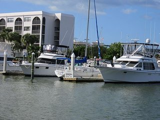 Angler's Cove 203H - 1 Bed 2 Bath Condo, Renovated throughout! - Marco Island vacation rentals