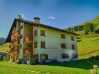 Calm apartment 15min from ski resort of St. Moritz - Madulain vacation rentals