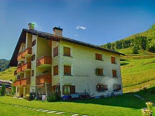 Calm apartment 15min from ski resort of St. Moritz - Madulain vacation rentals