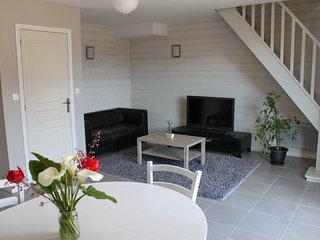 Location proche Dinard, Saint-Malo, Dinan - Plouer sur Rance vacation rentals