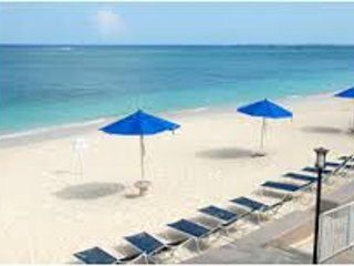 #1 BEACH in GRAND CAYMAN Coral Sand Beachfront - Seven Mile Beach vacation rentals