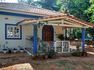 2 bedroom Villa with Internet Access in Bambolim - Bambolim vacation rentals
