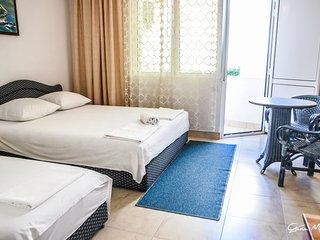 #8 Zeko-Apartments with Balcony for four! - Ulcinj vacation rentals
