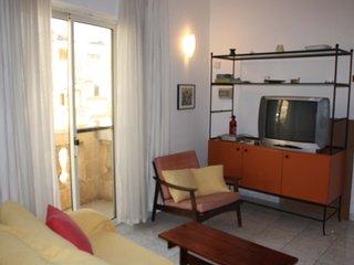 Cosy 1 Bedroom Close to Sliema & St. Julian's Area - San Gwann vacation rentals