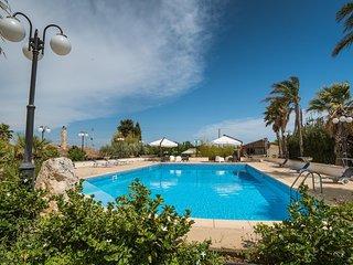Cammaratini Luxury Villa With Pool - Modica vacation rentals
