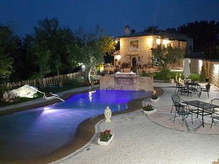 3 bedroom Farmhouse Barn with Internet Access in Arpino - Arpino vacation rentals