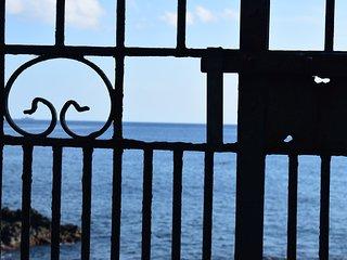 Casa Le Palme Dei Ciclopi - Acitrezza vacation rentals