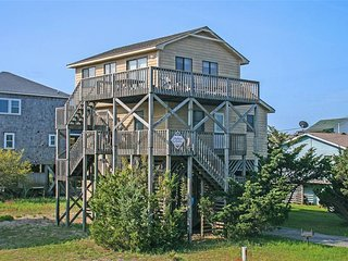 Cozy 3 bedroom House in Avon with Grill - Avon vacation rentals