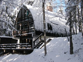 Birchwood Chalet with Brook - Franconia vacation rentals