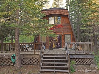 2 bedroom House with Deck in Tahoma - Tahoma vacation rentals