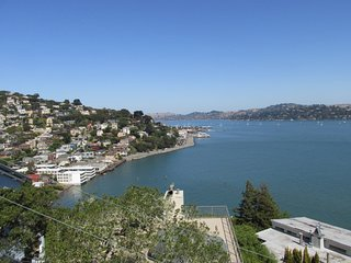 Million-dollar views of the Bay! - Sausalito vacation rentals