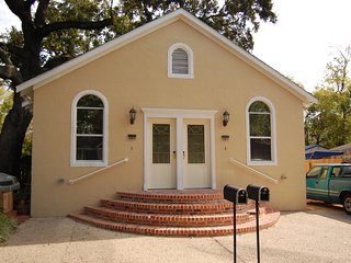 2 bedroom House with Internet Access in Biloxi - Biloxi vacation rentals
