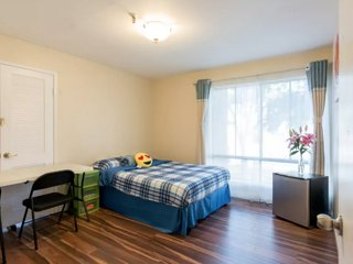 Quiet 1BR/1BA near Caltrain, Groceries&Restaurants - Mountain View vacation rentals