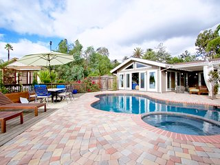 Casa De Norte~Home with Stunning Sunset Views! - Vista vacation rentals