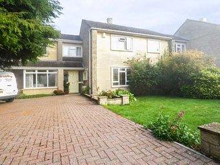 FIELDGATE, hot tub, games room, raised terrace with BBQ area, Bath, Ref 944213 - Bath vacation rentals