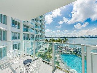 SoBe Deluxe Suite Bay view Balcony Condo - Miami Beach vacation rentals