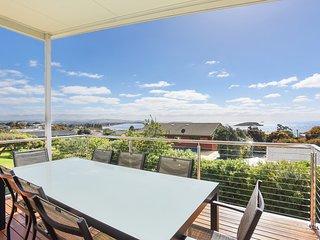 16 Olivebank Crescent - Encounter Bay, SA - Encounter Bay vacation rentals