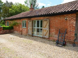 1 bedroom Cottage with Internet Access in Steeple Bumpstead - Steeple Bumpstead vacation rentals