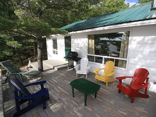3 bedroom Cottage with Deck in North Bay - North Bay vacation rentals
