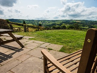 4 bedroom House with Internet Access in Two Dales - Two Dales vacation rentals