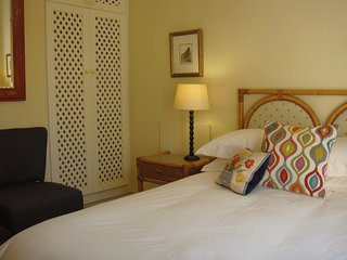 Studioat9 a relaxing pleasant self catering kitchen and bedroom en suite unit - Claremont vacation rentals