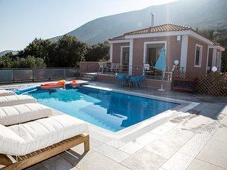 Charismatic 2 Bedroom Sea View Villa Margarita - Zola vacation rentals