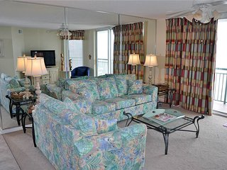Bright 4 bedroom North Myrtle Beach Condo with Internet Access - North Myrtle Beach vacation rentals