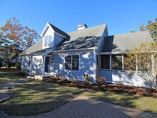 Beautiful New Listing in Bold Meadow with Air Conditioning - Edgartown vacation rentals