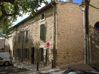 Cozy 3 bedroom Villeneuve-Minervois House with Internet Access - Villeneuve-Minervois vacation rentals