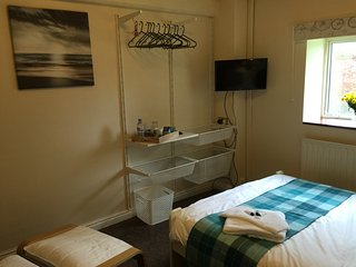 Bright 25 bedroom Guest house in Brigg - Brigg vacation rentals