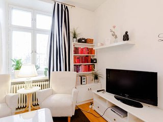 Cozy Condo with Internet Access and Satellite Or Cable TV - Helsinki vacation rentals